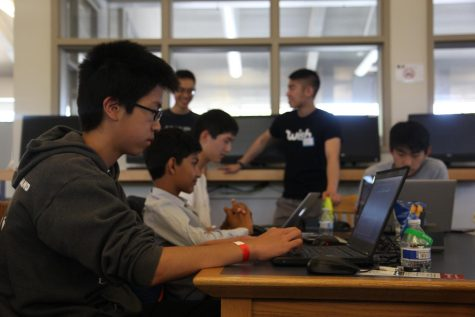 Lynbrook hosts first ever hackathon