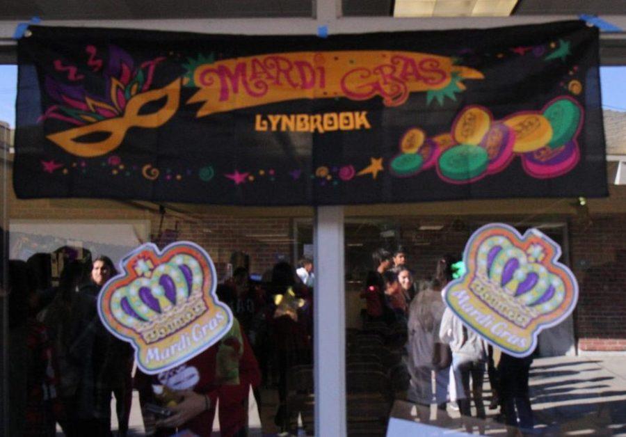 Lynbrook French community celebrates Mardi Gras
