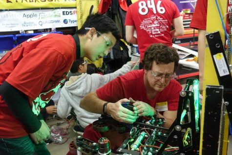 Robotics finishes a rewarding season