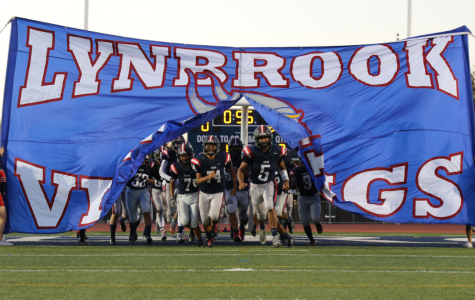 Lynbrook Football Plays Marina High School