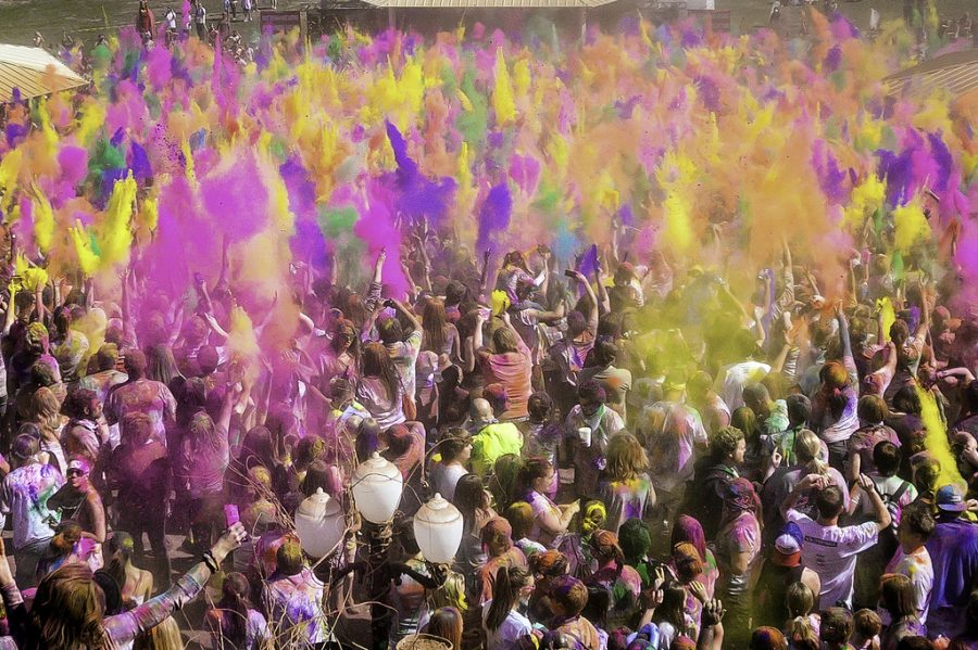 Holi season: Bay Area celebrates spring with color